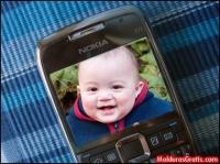 Foto na tela de um celular