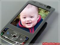 Celular moderno com sua foto