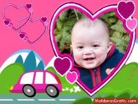 Corações e carro cor-de-rosa