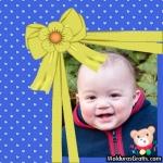 Cartão azul com corações e laço amarelo